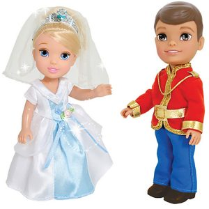 Disney Princess Игровой набор с мини-куклами Petite Princess Cinderella and Prince Charming