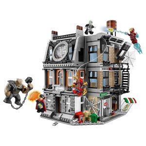 Конструктор Лего Решающий бой в Санктум Санкторум LEGO Super Heroes 76108