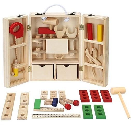 Обучающая игра BeeZee Toys Чемодан деревянный Лучший мастер