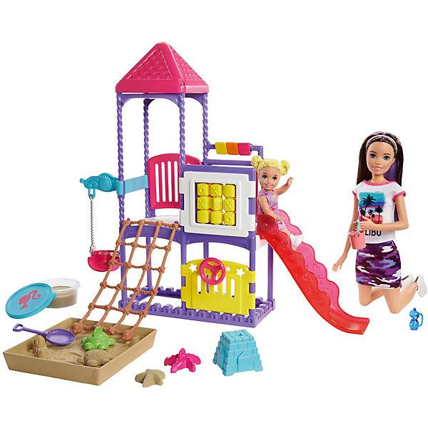 Набор Барби Семья Скиппер с малышом на игровой площадке с песком Barbie GHV89