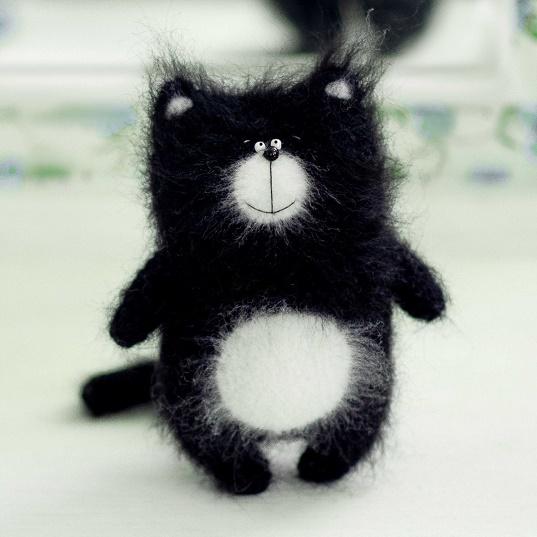 Мягкая игрушка Котенок Шмяк 18 см SoftToys