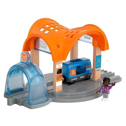 Набор с тоннелем и станцией Brio Smart Tech 33973